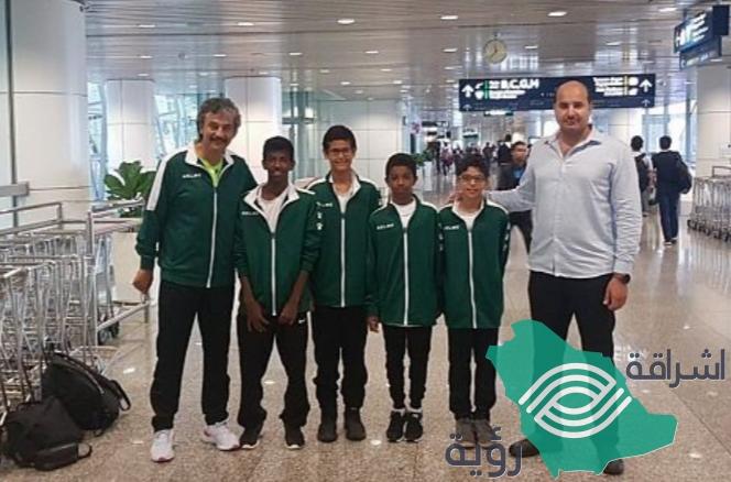 """وصول """"بعثة المنتخب السعودي للإسكواش"""" للمشاركة في بطولة ماليزيا الـ17 المفتوحة للناشئين"""
