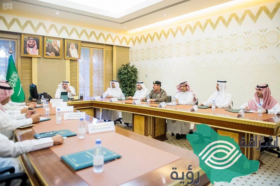 """سمو أمير القصيم يبحث مع رئيس اتحاد السيارات إقامة """"رالي القصيم ورالي دكار"""""""