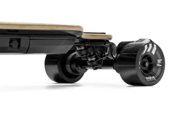 Evolve Bamboo GTR - street motors