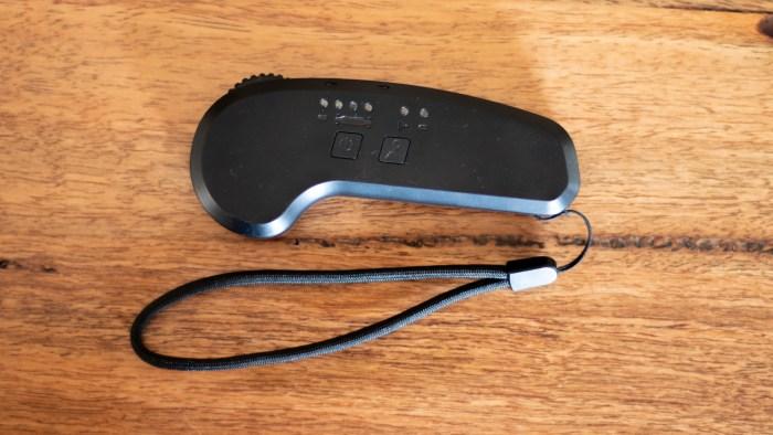 The enSkate R3 Mini remote control