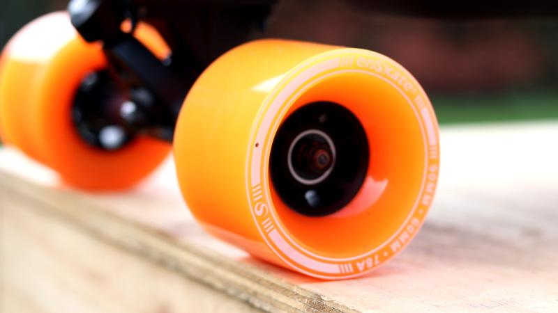 Big orange wheels on the enSkate r3 mini