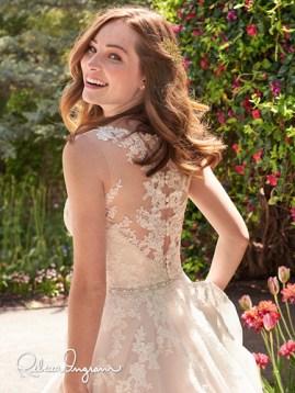 Style: Olivia