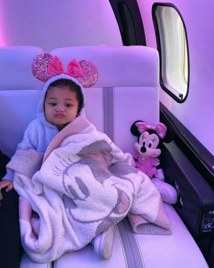 Kylie Jenner convirtió a Stormi en la 'Minnie Mouse' más tierna de ...