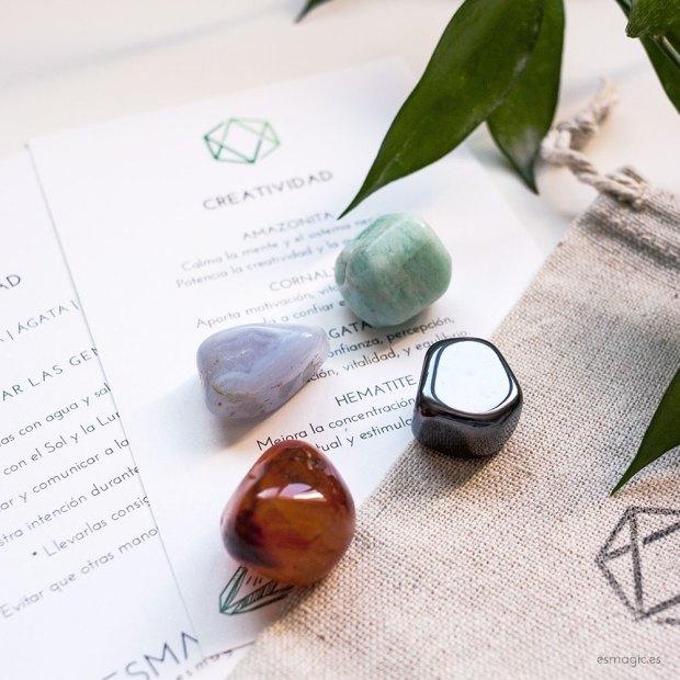 Talisman creatividad, amazonita, agata calcedonia, cornalina, hematite, minerales