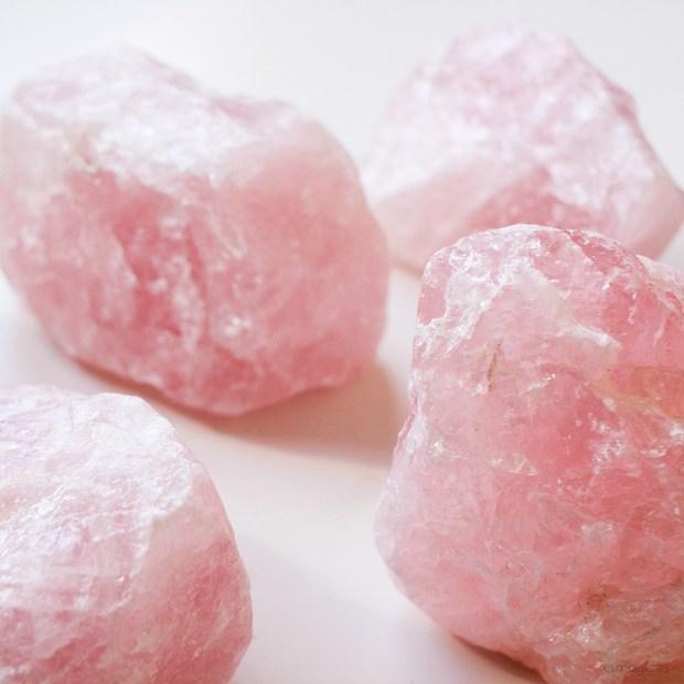 Mineral Cuarzo Rosa en bruto Esmagic