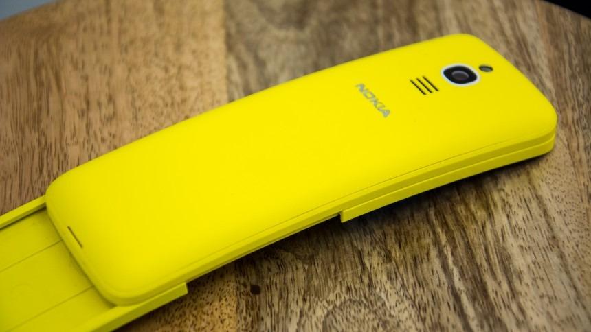 Icónico teléfono Banana de Nokia llega directo de 'The Matrix'