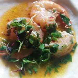 Garlic and Chili pepper pan fried shrimp