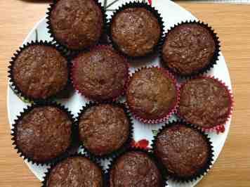 banana and walnut muffin