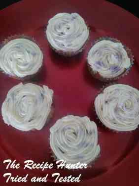 TRH Vanilla cupcakes2