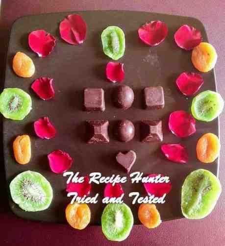 trh-moumitas-fruity-dark-chocolates