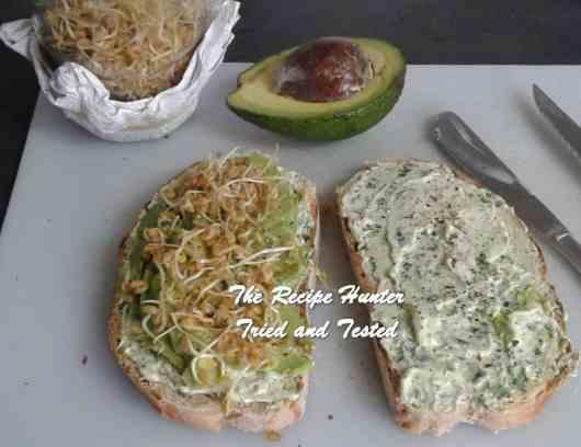 Dee's Lunchbox Sandwich