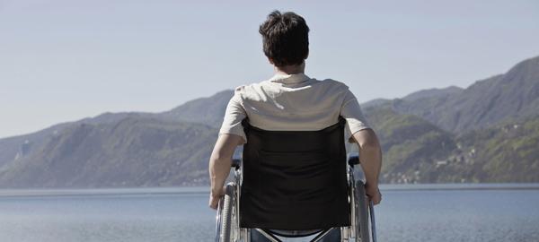 """¿Adiós a la silla de ruedas? Científicos de EE.UU. """"reparan"""" la espina dorsal"""