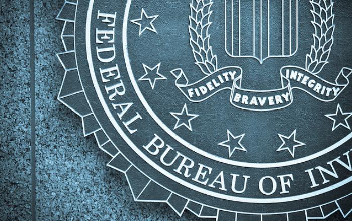 FBI detiene fraude cibernético y garantiza devolución de $2.6 millones
