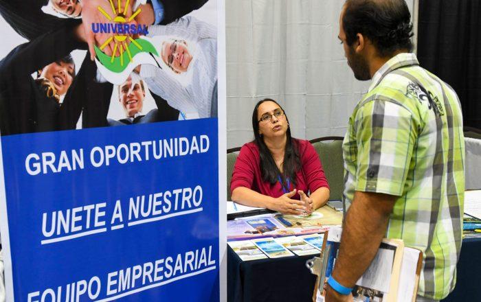 Vivienda realiza feria de empleo para programas con fondos CDBG-DR