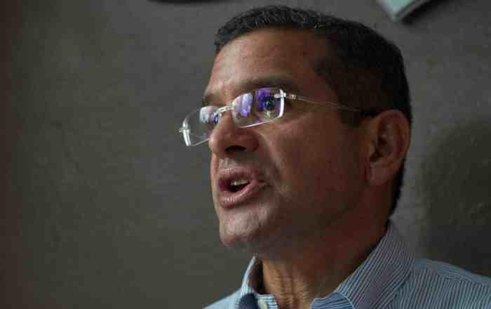 Gobernador exige que se audite la deuda pública