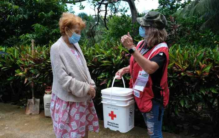Cruz Roja brinda ayuda a afectados por tormenta
