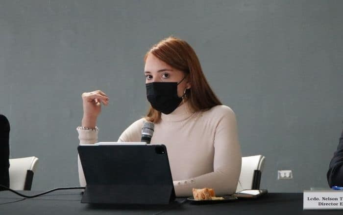 Epidemióloga Fabiola Cruz presenta su renuncia