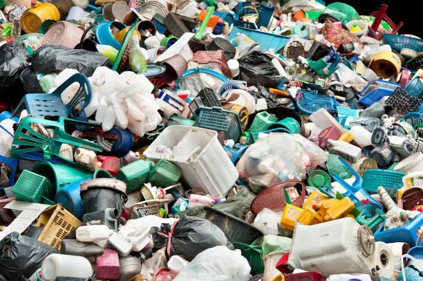 Senado investiga manejo de desperdicios sólidos