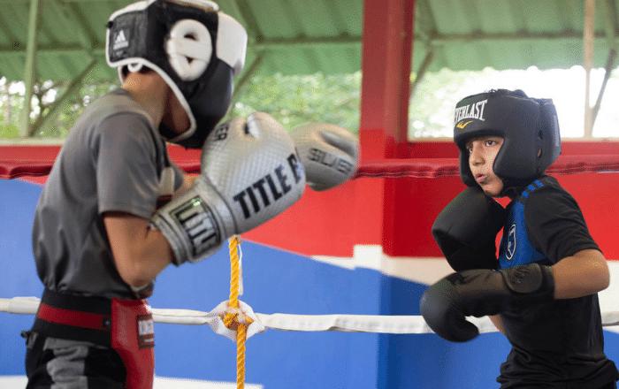Renuevan gimnasio de boxeo