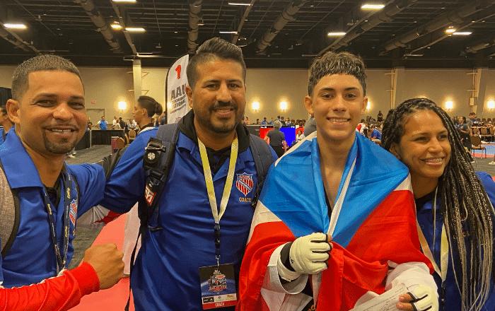 Sureños arrasan en competencia internacional de taekwondo