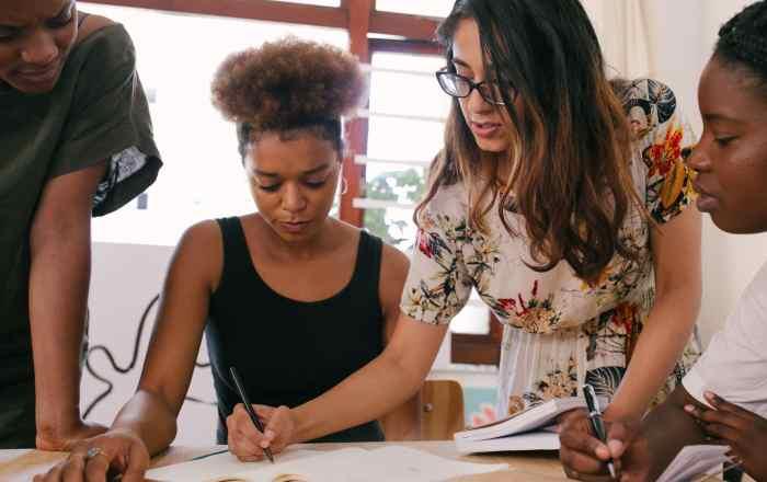 Escribe, Mi Gente: programa de mentores de críticos culturales boricuas