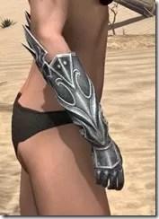 Welkynar-Iron-Gauntlets-Female-Right_thumb.jpg