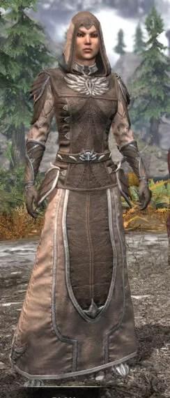 Ancestral High Elf Homespun - Female Robe Front