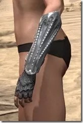 Fang Lair Rubedo Leather Bracers - Female Side