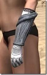 Hlaalu Iron Gauntlets - Female Side