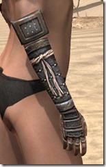 Akaviri Iron Gauntlets - Female Right
