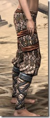 Akaviri Iron Greaves - Female Right