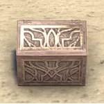 Alinor Jewelry Box, Peaked