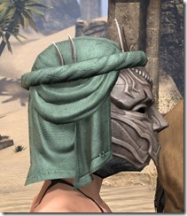 Fanged Worm Heavy Helm - Female Right