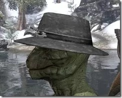 Modest Mourning Hat Argonian Male Side