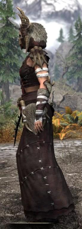 Ancestral Reach Light - Female Robe Side