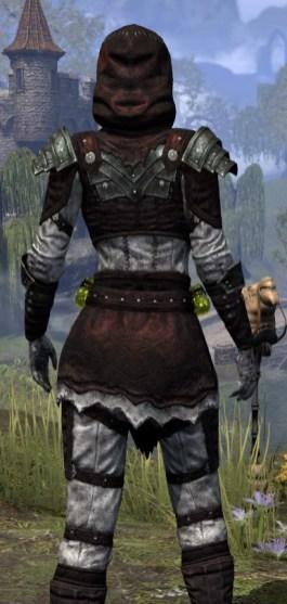 True-Sworn Heavy - Female Close Rear