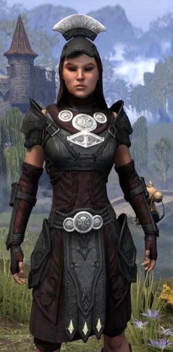 Ivory Brigade Light - Female Shirt Close Front