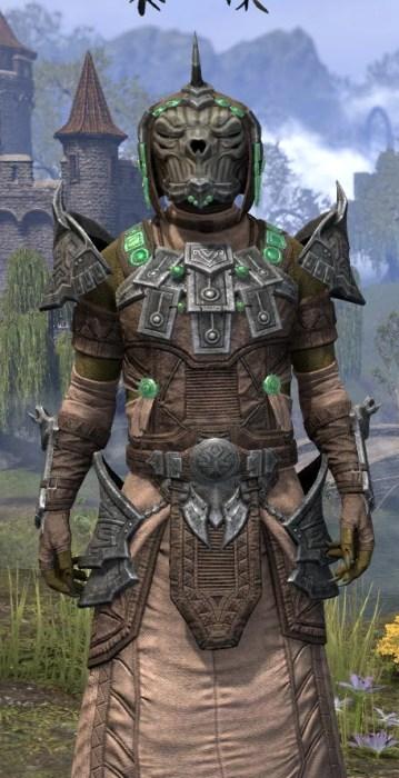 Sul Xan Homespun - Argonian Male Robe Close Front