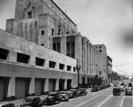 Kaufamnn Building on Spring Street prior to MIrror addition.