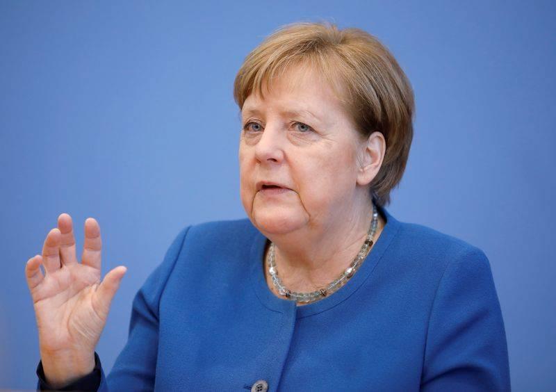 Coronavirus : en contact avec un médecin testé positif, Angela Merkel se met en quarantaine