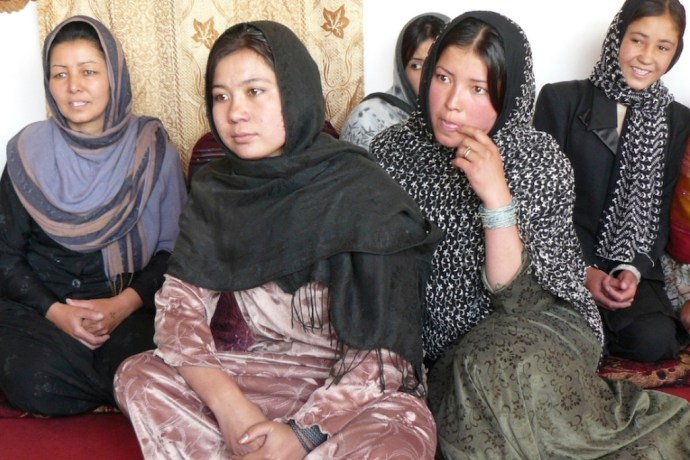 Mujeres en el distrito Khwaja Omari en Afganistán