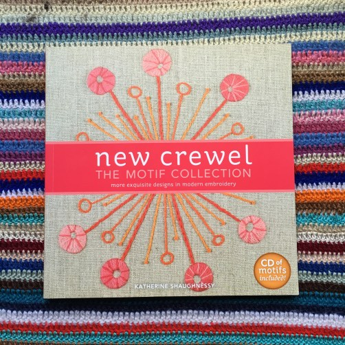 New crewel, por Katherine Shaughnessy