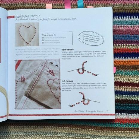 """Mis libros de bordado, patchwork y crochet. """"Stitich with lovw"""" por Mandy Shaw"""