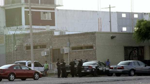 131 Prisioneros Escapan por Túnel en Piedras Negras (1/4)