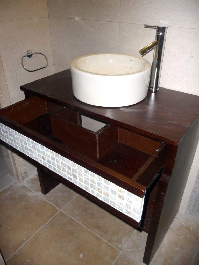 mueble baño cedro con lustre p.u.