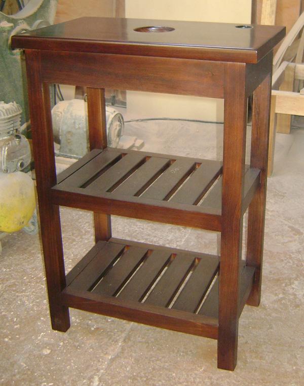 mueble para bacha de baño en madera maciza con estantes