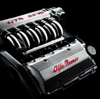 Alfa Romeo 147 GTA vs Ford Focus RS (5/6)