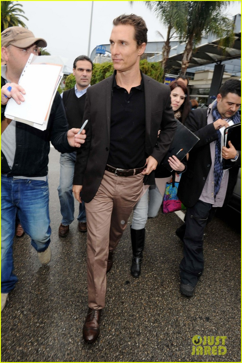 Matthew McConaughey arrives at the airport in Nice, France to attend the 65th Cannes Film Festival