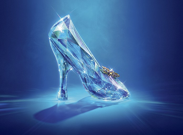 cinderella_uk-teaser-poster_close-up