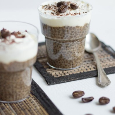 http://nutritionistmeetschef.com/coffee-chia-pudding/